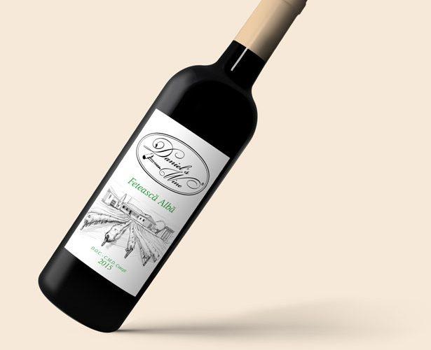 Etichete vin autocolant